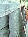 ネックレスと刺繍
