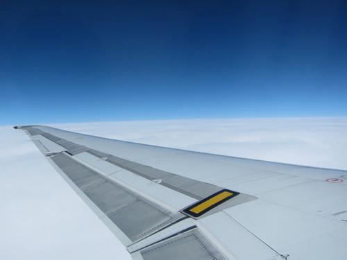空の蒼 雲の白